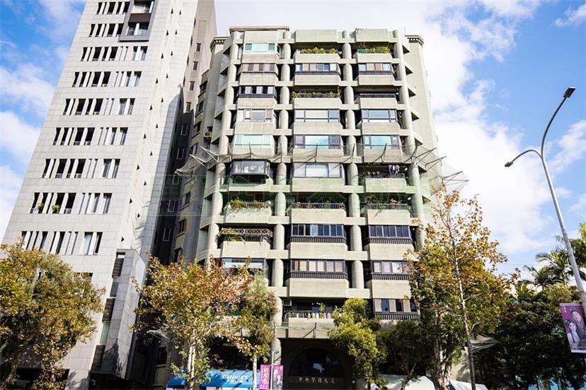 台大學府景觀高樓
