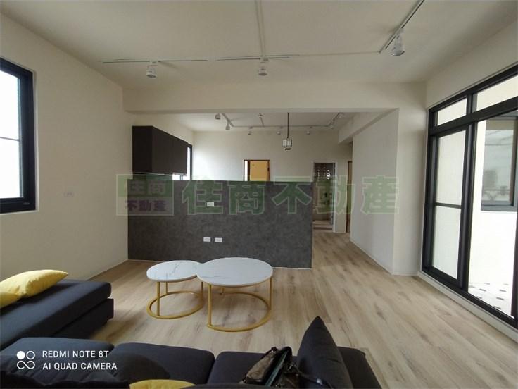 金獅湖公寓四樓