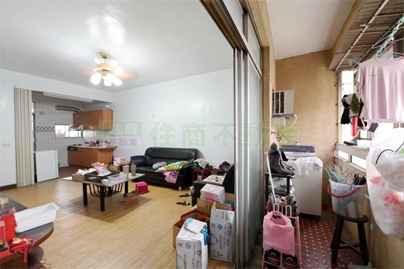陸興公寓五樓